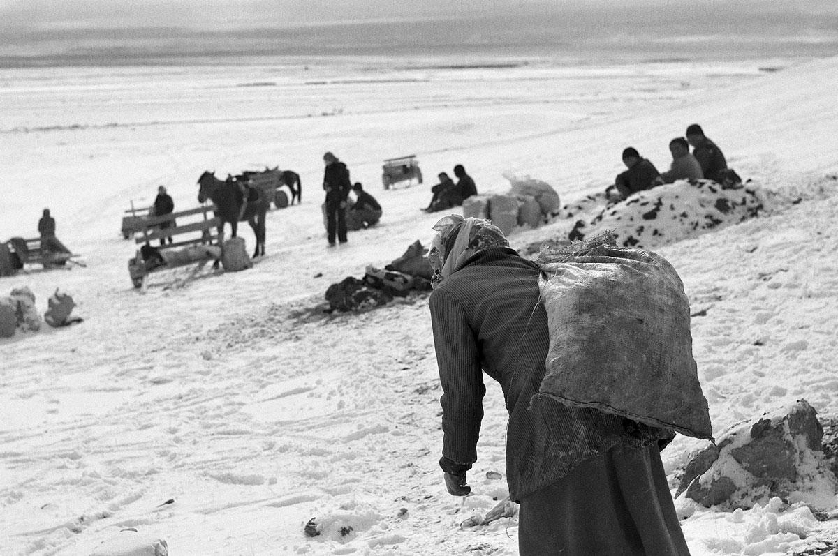 In the shadow of Lenin Peak – Mining in Kyrgyzstan by Magdalena Borowiec